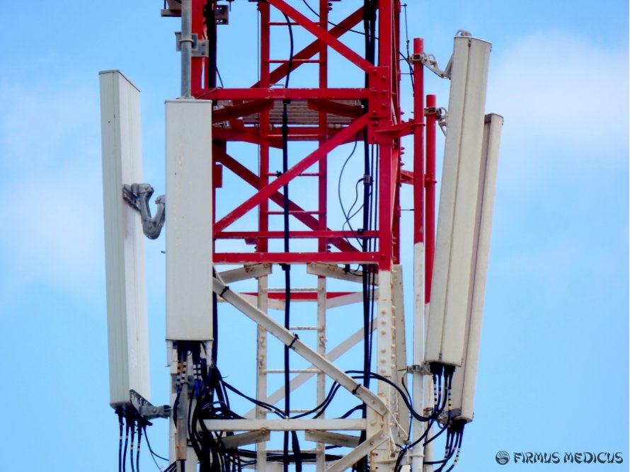 Mobiliojo ryšio pramonė įstatymiškai apsaugota nuo gyventojų