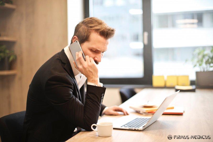 Reikia kuo mažiau naudotis telefonais