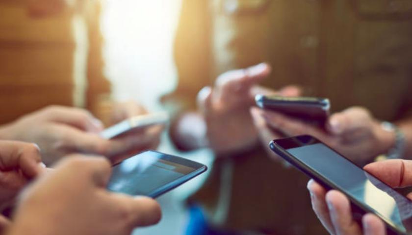 Išmaniųjų telefonų naudojimas