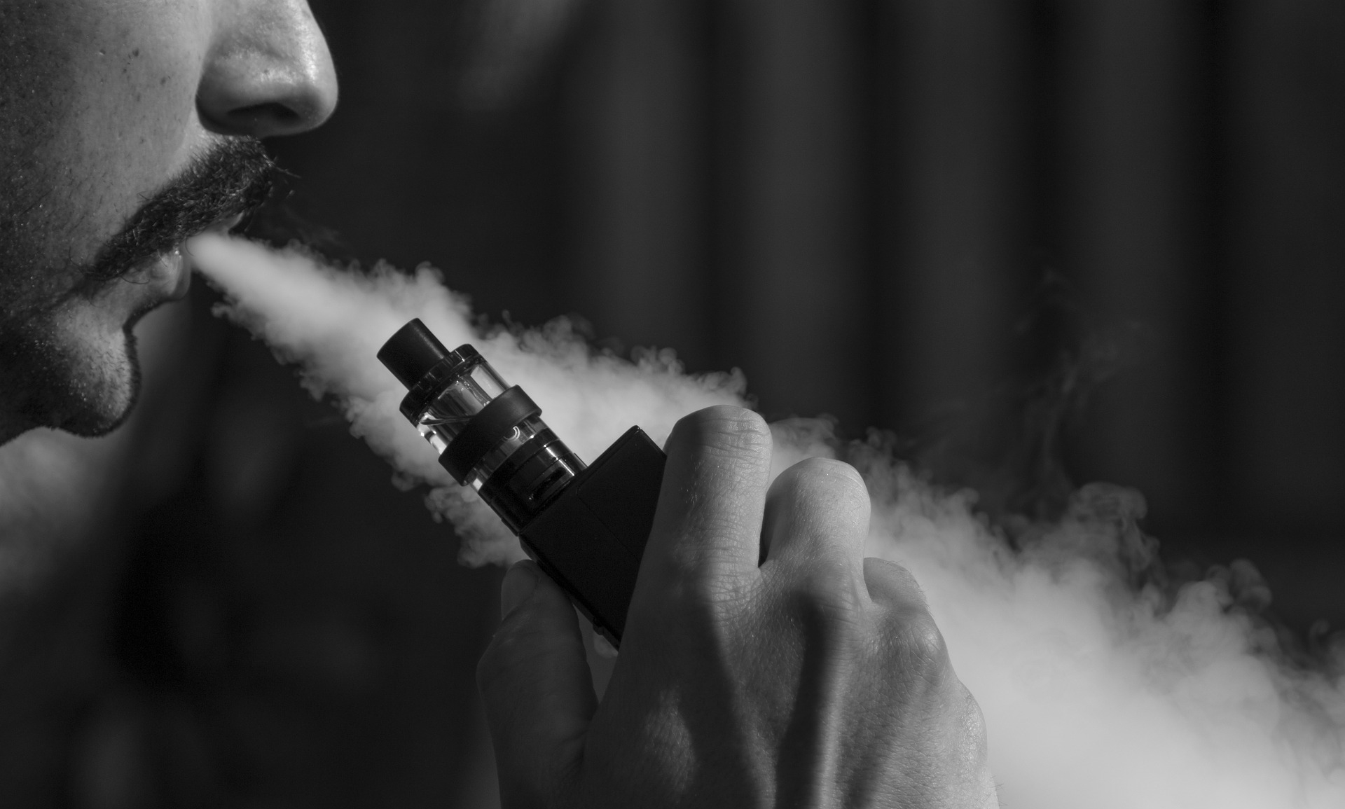 Elektroninės cigaretės - naujas, bet ne toks ir nekaltas žaisliukas